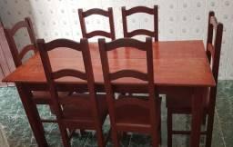 Mesa com 6 cadeiras madeira maciça