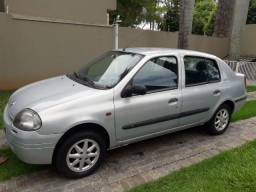Clio Sedan 1.0 2001 Ar condicionado