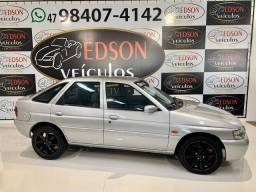 ESCORT 2001/2001 1.8 MPI GLX 16V GASOLINA 4P MANUAL