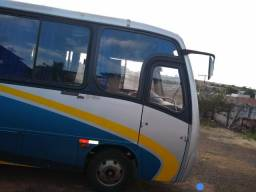 Micro ônibus 33 passageiros