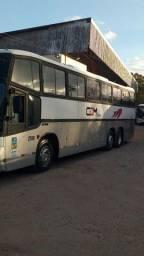 Ônibus top aceito carro  de passeio acima de 2012 como parte do pagamento