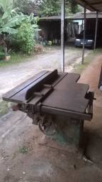 Serra Industrial Invicta com Motor 5,5 HP ( Brasil ) 3.500,00 Reais