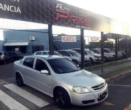 Gm - Astra Confort Sedan 2005