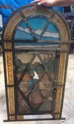 Janela vitral antigo estilo capelinha !