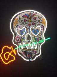 Luz de neon Caveira