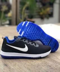 Tênis masculino Nike