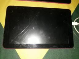 4 tablete  2 sansung 1 está ligando outro não estou vendendo maus para retirafa de peças.