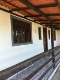 Alugo casa na Vila Muqui