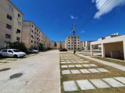 Apartamento de 2 quartos no Residencial Genova - Catu de Abrantes