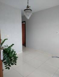 Aluguel de Apartamento  2° andar, 2 quartos