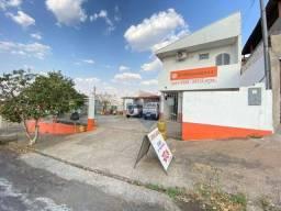 Título do anúncio: IMOVÉL COMERCIAL COM CASACasa com 2 dormitórios para alugar, 128 m² por R$ 1.100/mês - Vil