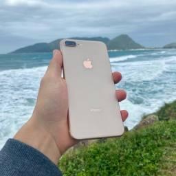 Título do anúncio: iPhone 8 Plus - nota fiscal e garantia (em até 12x)