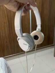 Headphone Sony MDR-ZX110 Branco dobrável e com proteção acolchoada