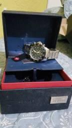 Vendo ou troco um relógio Technos série ouro