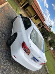 Corola 2014 gli 1.8 branco