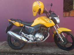 Moto pronta para trabalhar só ganhar dinheiro, pego moto ou carro do meu interesse