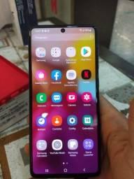 Galaxy A71 128/6 gigas impecável muito novo ainda na garantia. Caruaru e região