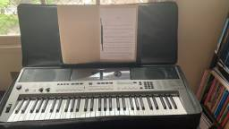 teclado yamaha psr E443