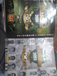 Título do anúncio: Álbum brasileirão 2011 e 2012 incompletos