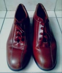 Título do anúncio: Sapato Masculino - Marca: Tod's, Made In Italy, Original - Tamanho: 42 (Seminovo).