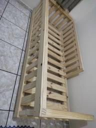 Cama de madeira pinos (nova)