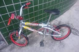 Título do anúncio: Bike Cross aro 16 cromada.