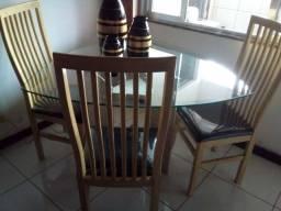 Mesa de vidro e mármore com 4 cadeiras