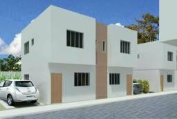 Imperdível casa duplex com ótima localização