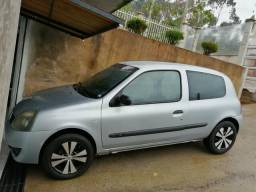 Renault Clio 1.0 8v authentique 2006 - 2006