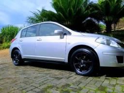 Vende-se Nissan Tiida - completo - assumir financiamento. - 2009
