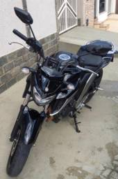 Moto Yamaha Fazer 250