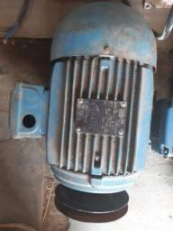Motores de 3, 4 e 5cv (trifasico)