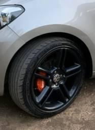 Vendo Rodas aro 17 com pneus semi novos - 2020