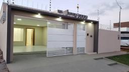 Linda casa na planta bairro Portal Ipê!