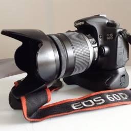 Canon 60d com lente e grip