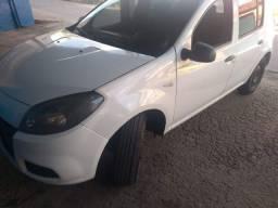 Renault Sandero 1.0 16V 12/13