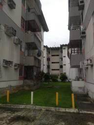 Apartamento 2 quartos candeias excelente localização R$ 800,00