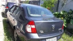 Clio sedan 1.0 flex