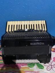 Acordeon Maestrina 80 baixos sanfona