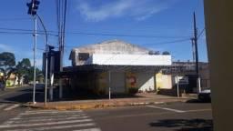 Casa e Salão Comercial excelente Localização