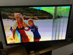 Vendo TV 50 polegadas quebrada