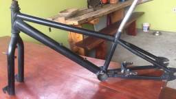 Título do anúncio: Quadro bicicleta bmx prox