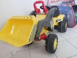 Quadriciculo Infantil Trator