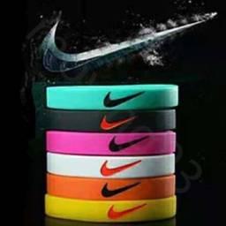 Título do anúncio: Pulseira Nike Silicone