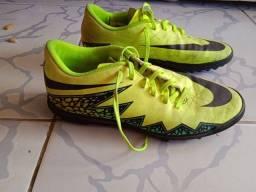 Chuteira Society, Nike