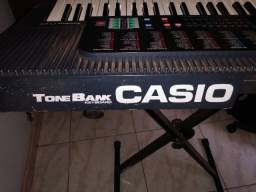 Teclado Casio Tone Bank CT-670