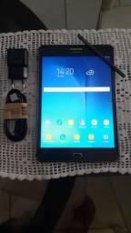 """Tablet Samsung 8"""" 3G 16GB ACEITO CARTÃO"""