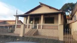 Título do anúncio: Troco  por carro, excelente casa bairro do Pedrão, em Pedralva MG