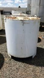 Tanque aço carbono - 1000 Litros