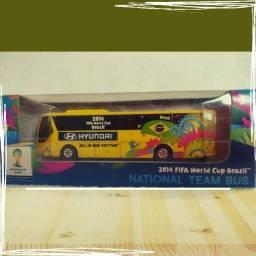 Miniatura Ônibus Hyundai Copa Mundo Brasil 2014 Fifa
